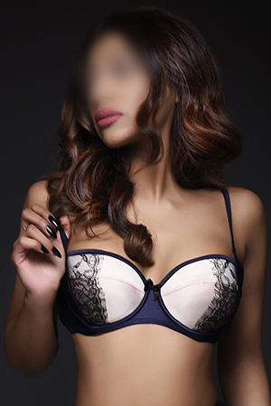Indian busty brunette KYRA South Kensington SW3 24/7 (24 hour) London escorts agency girl